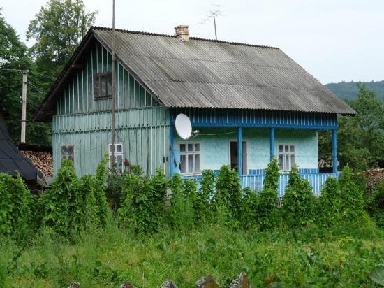 ferme dans les carpates ukrainiennes