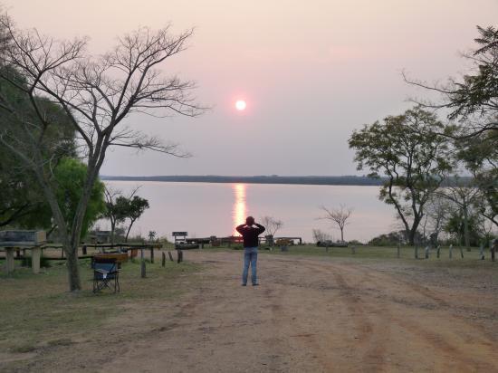 levé de soleil sur le rio uruguay