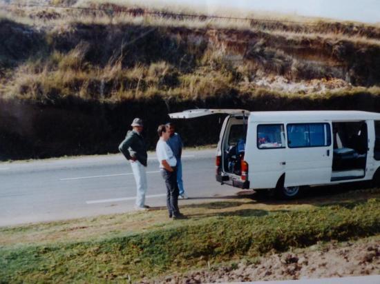 notre minibus avec chaufeurs